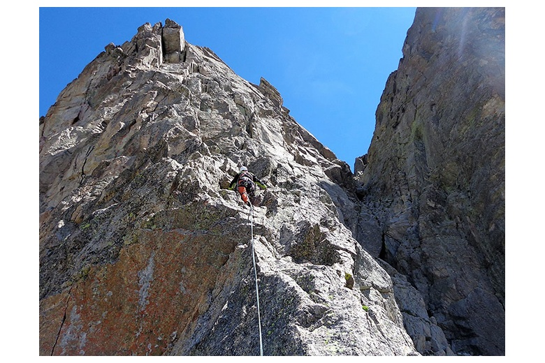 climbing one of the classic routes to one of the most emblematic peaks of the National Park: Pic Peguera