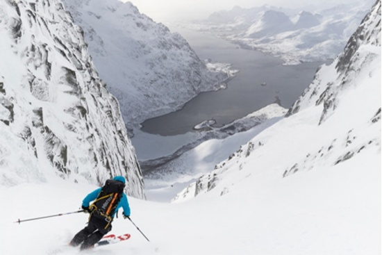 LOFOTEN ISLANDS - SKI MOUNTAINEERING IN NORWAY
